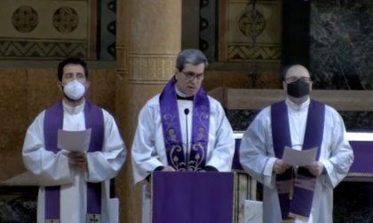 In Terapia intensiva per Covid, lieve miglioramento per il parroco