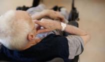 Anziani regolarmente vaccinati risultano positivi al Covid