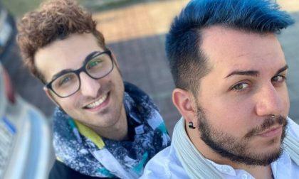 Insulti perché gay e auto riempita di sputi: presentata denuncia ai Carabinieri