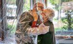 Gli anziani della Rsa di Villasanta potranno tornare a vedere i familiari. Arriva la stanza degli abbracci