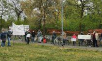Protesta del no e raccolta firme per il sì, la palestra divide San Fruttuoso