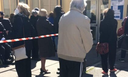 Disagi per gli anziani convocati per il vaccino all'Ospedale Vecchio di Monza