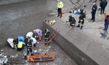 Ciclista cade nel canale Villoresi