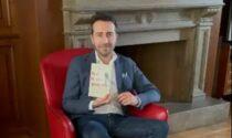 """""""Non si dice piacere"""", il vicesindaco di Lentate propone un libro sul galateo"""