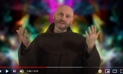 Frate Celestino ringrazia i medici con un nuovo video