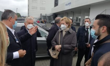"""Letizia Moratti a Carate: """"Ho potuto verificare l'efficienza di questo centro vaccinale"""""""