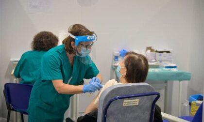 """Vaccinazioni: """"Fontana e Bertolaso ascoltino i sindaci del Vimercatese"""""""