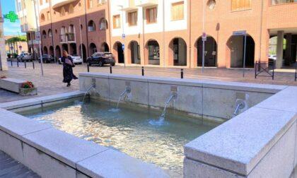 Villasanta, la fontana di Piazza Camperio è tornata a zampillare