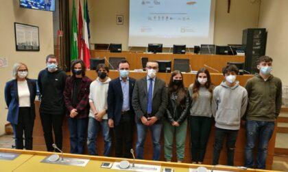 #GiovaniInVilla, il progetto che mette al centro i giovani oggi protagonista durante la visita dell'assessore regionale