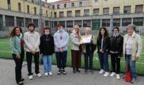 """Consegnati i premi alle scuole vincitrici di """"Monza4caring"""", la caccia al tesoro che promuove il volontariato"""