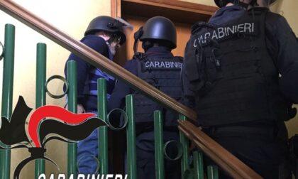 E' stato denunciato l'uomo che ieri si è barricato in casa armato a Nova Milanese
