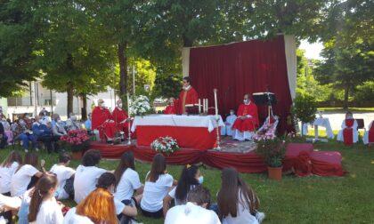 Grande festa per i dieci anni di sacerdozio di don Stefano