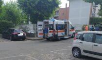Anziano investito, arrivano ambulanza e Carabinieri