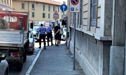 Carate Brianza, folle fuga: in auto 3130 sigarette di contrabbando