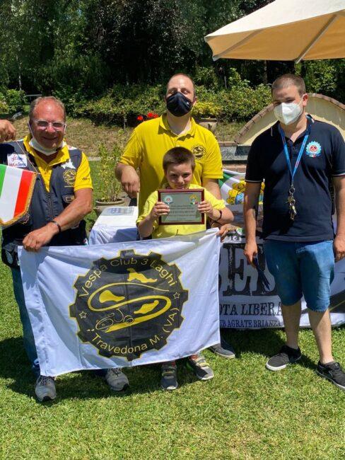 Premiato Tommaso, vespista più giovane di 6 anni, Vespa Club Tre Laghi