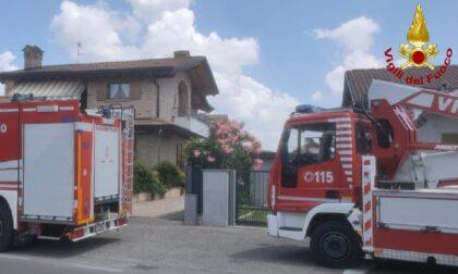 Principio di incendio in una villetta a Lazzate