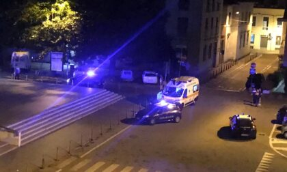 Rissa in centro, in due tentano di aggredire i Carabinieri: arrestati