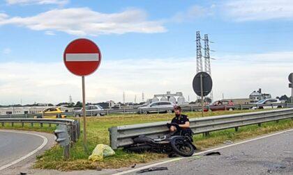 Tremendo incidente in moto: grave 20enne