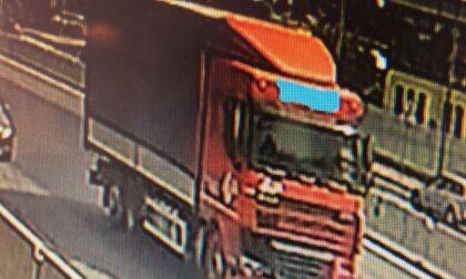 Identificato e multato il camionista scappato dopo l'incidente