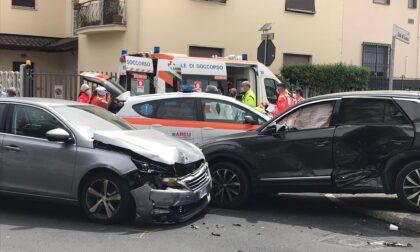 Incidente a Seregno, coinvolti anche due bambini