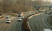 Dodicenne con la bici nuova sulla Milano-Meda, allarme in superstrada