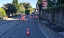 Collassa il manto stradale, cambio di viabilità in via Verdi