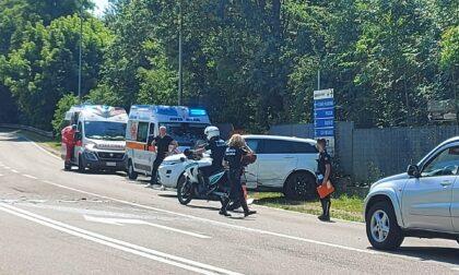 Incidente al confine tra Meda e Seveso: soccorse due donne e quattro bambini