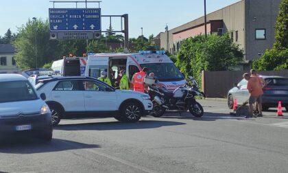 Schianto auto moto: 48enne in gravi condizioni