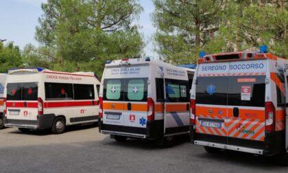 Poche barelle al Pronto soccorso, le ambulanze coi malati attendono in coda anche più di un'ora