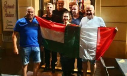 Dopo la sconfitta con la Germania, il Ct dell'Ungheria si consola con le salamelle dello chef di Villasanta