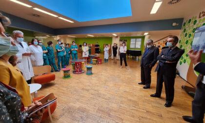 """Il presidente Fontana visita il Centro Maria Letizia Verga """"Riferimento a livello internazionale"""""""