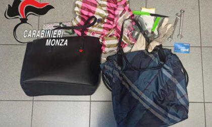 Evade e va in giro su un furgone (rubato) guidato da un minore: arrestato dai Carabinieri