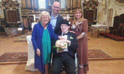La lezione d'amore di  Claudia e Mario: 78 anni lei, 94 lui, si sono detti «sì»