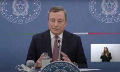 Le parole del premier Draghi: si va verso l'obbligo vaccinale e la terza dose di vaccino