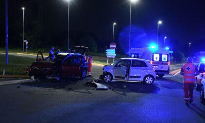 Scontro tra due auto ad Arcore, tre giovani finiscono in ospedale
