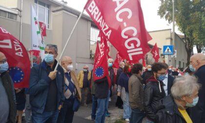 Presidio di solidarietà alla Cgil di Monza dopo l'assalto alla sede nazionale