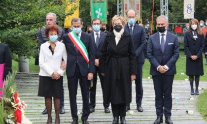Strage di Linate, 20 anni dopo il ricordo delle 118 vittime