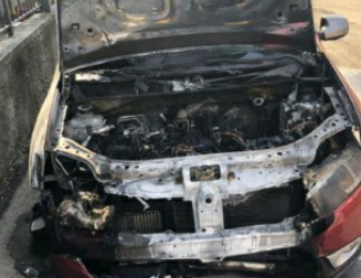 Misterioso incendio nella notte: auto bruciata, indagini in corso