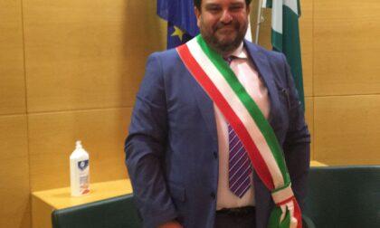 Primo giorno con la fascia tricolore per il neo sindaco di Desio Simone Gargiulo